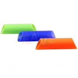 Loupač česneku  3,5x13 cm  silikon  mix barev